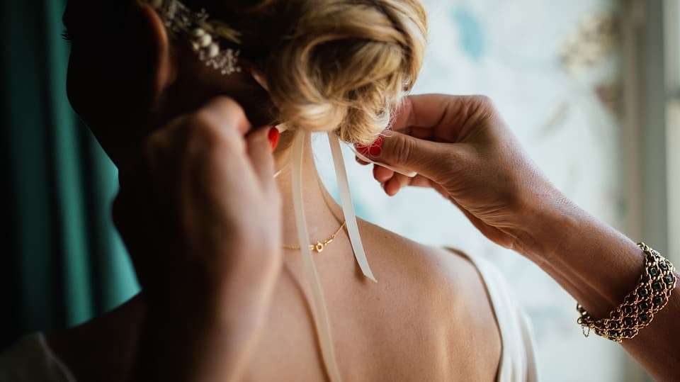 Maquillage coiffure manucure mariage