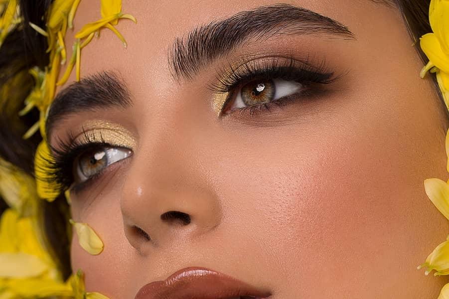 découvrez-tendances-make-up-2021-femme-maquillage