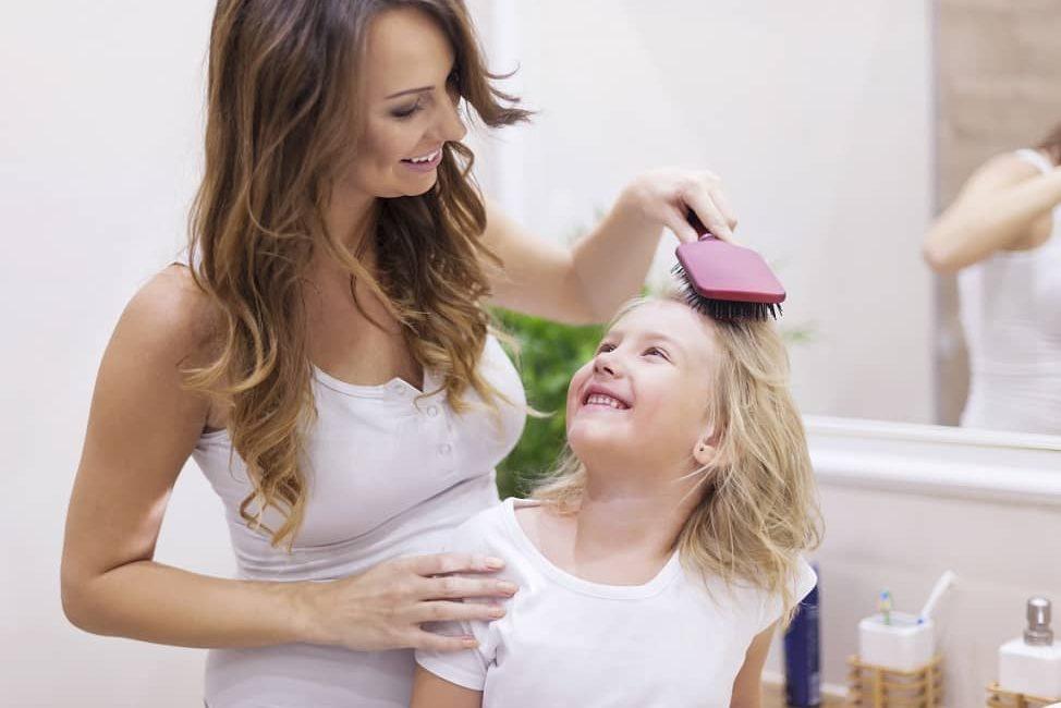comment-prendre-soin-des-cheveux-des-enfants-image-mise-en-avant